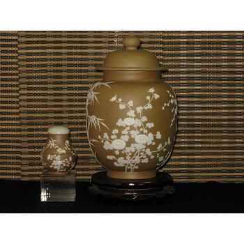 Well-carved Four-gentlemen Tea Jar series of Golden Clay